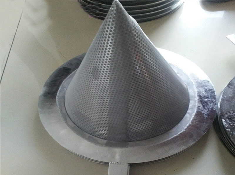 Conical Line Strainer